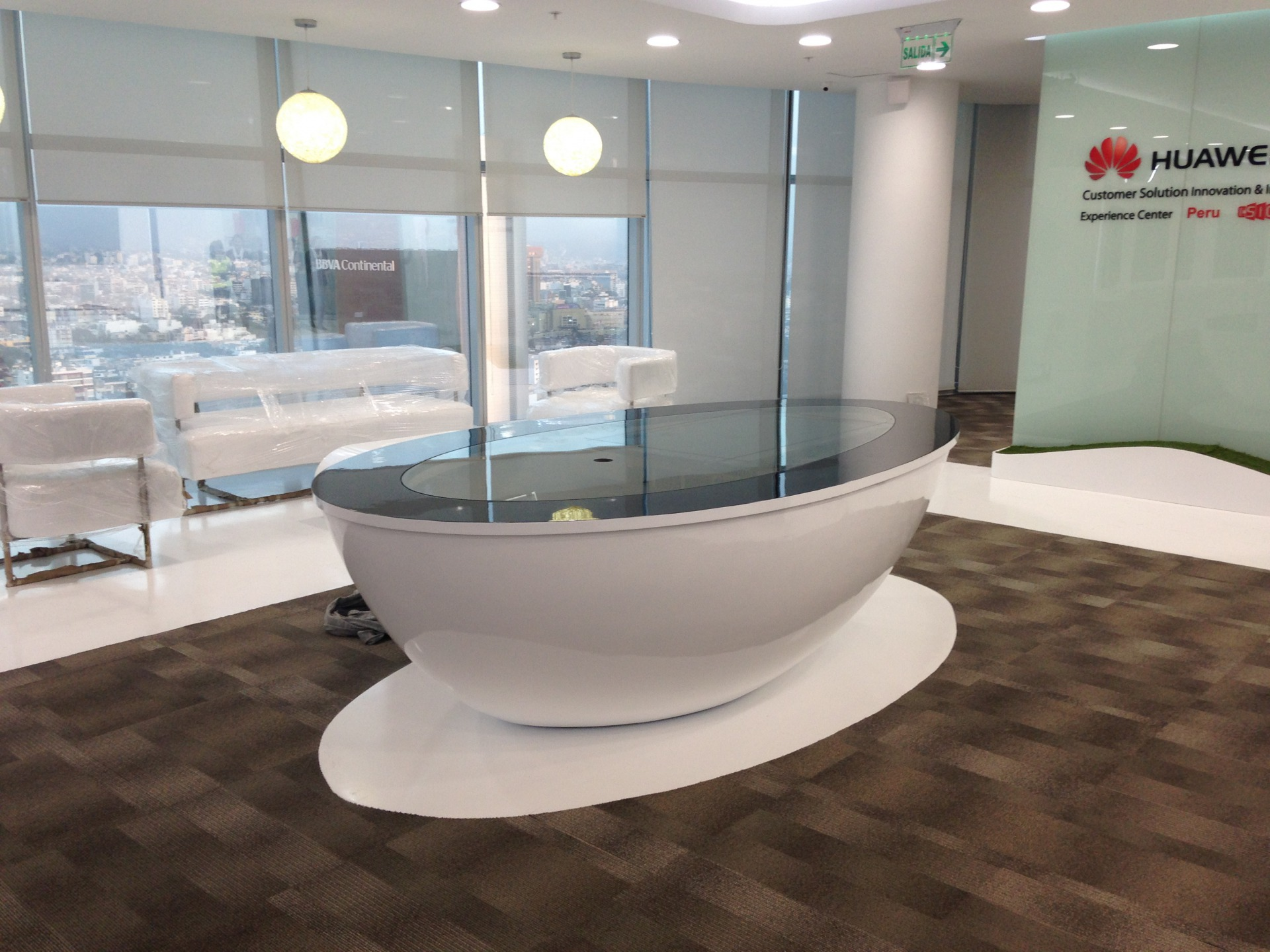 Huawei - Showroom D - Castellano