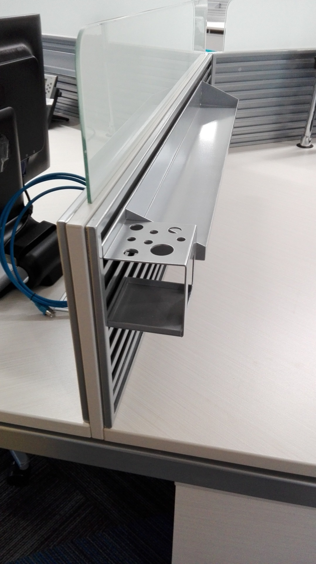 Mead J - Porta lapiceros A - Castellano