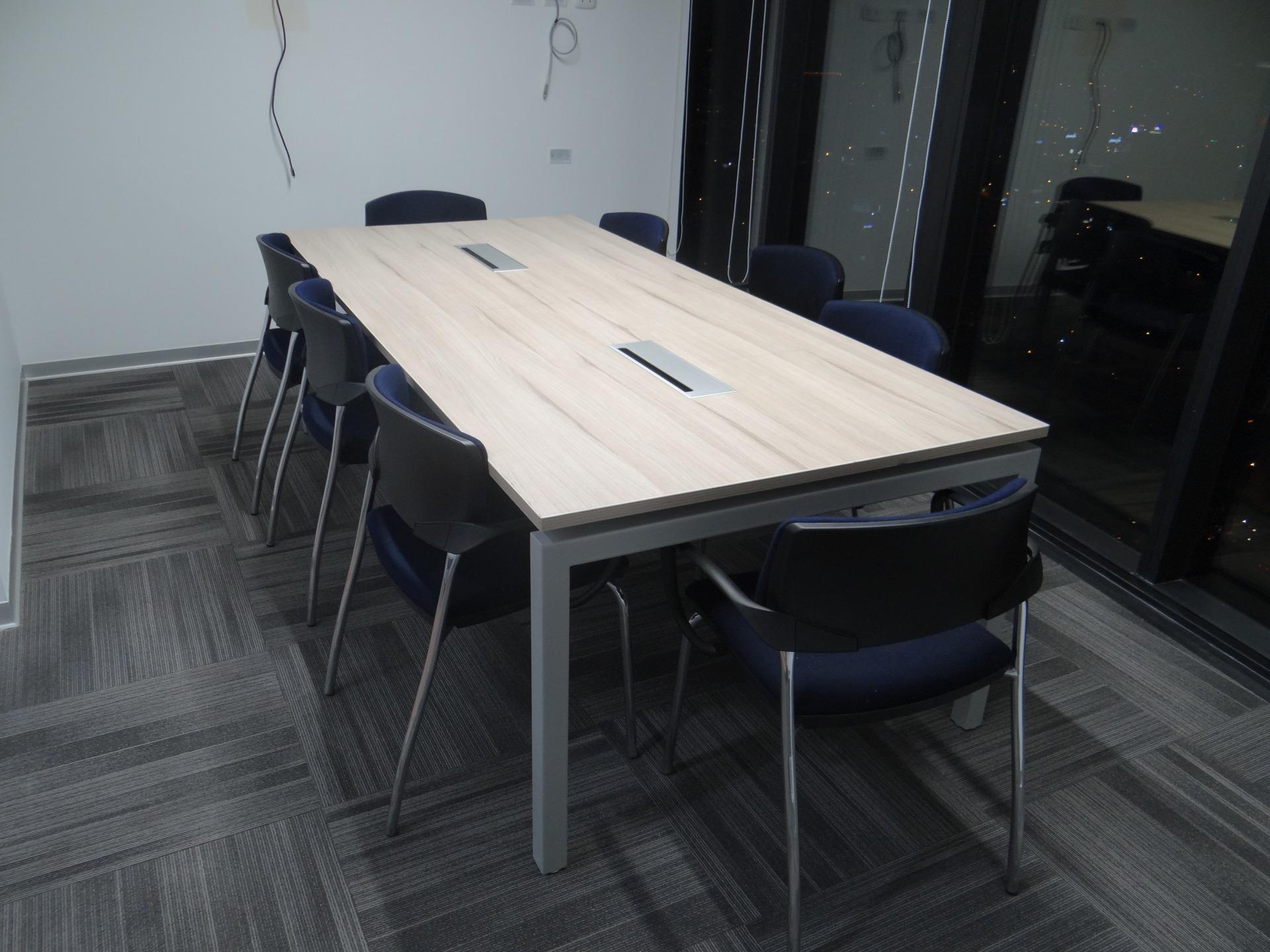 Mota E - Sala de reuniones A - Castellano